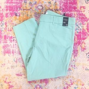 NY&C stretch cropped pants, mint green NWT